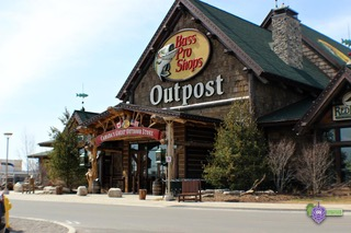 Shopping in NOTL - Bass Pro Store at the Outlet Collection