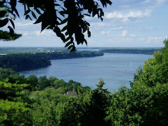Niagara on the lake realty - view-from-queenston-heights